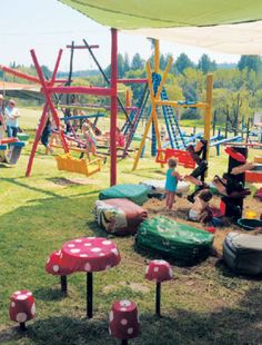 🙋🏽♀️➡️ Take a day trip to this incredible venue this weekend in Fourways with endless play areas and a whole lot more. Call on 082 927 9675 . Farm Village, Mint Salad, African Market, Weekend Vibes, Day Trips, South Africa, Activities For Kids, The Incredibles, Play Areas