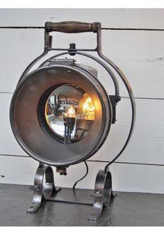 Projecteur de pompier vers 1930