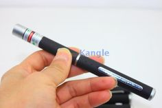 http://www.puissantlaser.com/c-2/p-1145.html stylo laser vert multifonction se vent tres très bien ,bon rapport qualité prix !