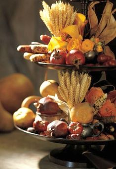 Thanksgiving Day Table centerpiece