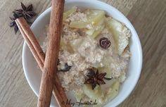 veganer-porridge-mit-geriebenen-zimtapfel-und-rosinen-1