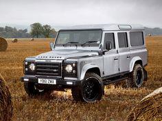 defender 110   Land Rover Defender 110 Twisted 2012 - Mad 4 Wheels