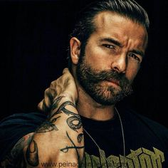 Peinados Magníficos Cortes De Pelo Para Hombre Con Barba 2018 - Peinados