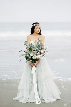 Ethereal bridal inspiration on the Pacific Ocean
