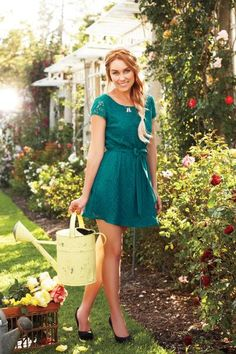 Emerald green lace dress by #FIDM Alumna @Lauren Conrad