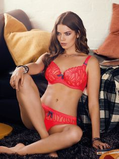 Freya Lingerie AW2015 Starlet in Neon Pink