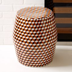 Tessella Stool in checkered red and black by Twos Company. http://www.zocko.com/z/JFD4z