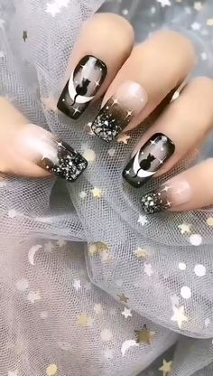 Cat Nail Designs, Nail Art Designs Videos, Nail Art Videos, Halloween Nail Designs, Acrylic Nail Designs, Nail Art Hacks, Gel Nail Art, Gel Nails, Diy Nails For Beginners