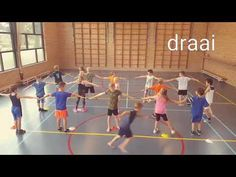Speed Training For Youth Physical Education Activities, Music Education Games, Youth Activities, Gym Games, Youth Games, Sport Snacks, Middle School Games, Pe Lesson Plans, Primary Games