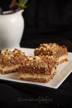 Discover recipes, home ideas, style inspiration and other ideas to try. Romanian Desserts, Romanian Food, Sweets Recipes, Baking Recipes, Cake Recipes, Thai Salat, Delicious Desserts, Yummy Food, Food Cakes