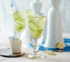 Ein spritziger Cocktail aus Gin, Limettensaft und Ingwer.