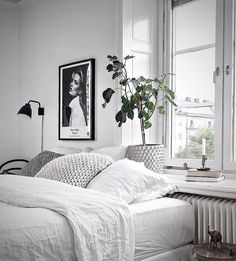 Cheap Home Decor Schlafzimmer Skandinavisch.Cheap Home Decor Schlafzimmer Skandinavisch Interior Simple, Grey Interior Design, Modern Interior, Modern Design, Monochrome Bedroom, White Bedroom, Calm Bedroom, Master Bedroom, Decoration Inspiration