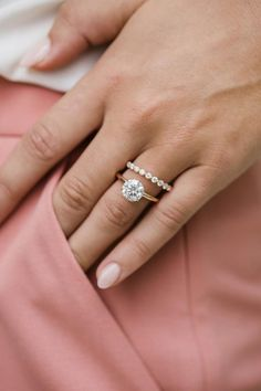 Round Solitaire Engagement Ring, Dream Engagement Rings, Engagement Ring Settings, Solitaire Setting, Engagement Ring Photos, Halo Setting, Diamond Ring Settings, Halo Engagement, Gold Wedding Rings