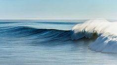 Daniel Reiter, Welle II, 2014 / 2015 © www.lumas.de/ #Lumas - #blue #Horizon #Landscape #meditative #Morocco #Nature #Ocean #Oceans #Photography #Sea #Seas Sky #Water #Wave #Waves
