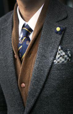 Tie & Sweater.