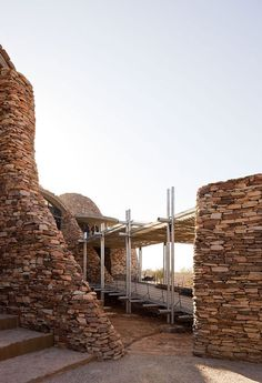 The Mapungubwe Interpretation Centre by Peter Rich Architects from South Africa. Brick Architecture, Contemporary Architecture, Architecture Details, Interior Architecture, South African Design, Fusion Design, Brick Masonry, Crazy Houses, Out Of Africa