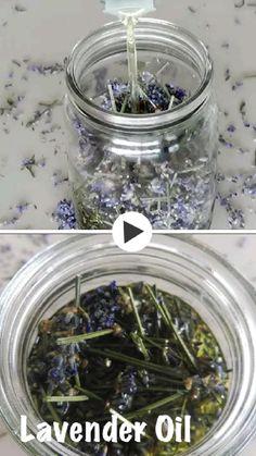Homemade Skin Care, Homemade Beauty, Homemade Bug Spray, Diy Skin Care, Lavender Crafts, Lavender Plant Uses, Drying Lavender, Lavendar Oil, Lavender Recipes