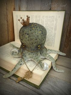 Octopus stuffed collectible toy by IrinaSTextileheart on Etsy