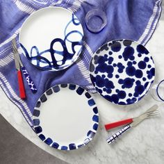 #setthetable Como Plates  | Crate and Barrel