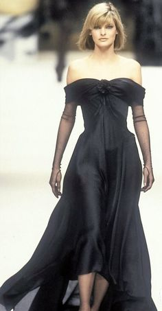 Linda Evangelista - Chanel, Spring-Summer 1994, Couture
