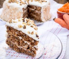 Everyone likes carrot cake. Everyone. If you met someone that says they don't, well, they haven't had it or aren't really your friend. With that said, I hate to admit that I had never attemp...