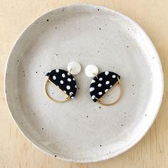 Silhouette Earrings - White Granite
