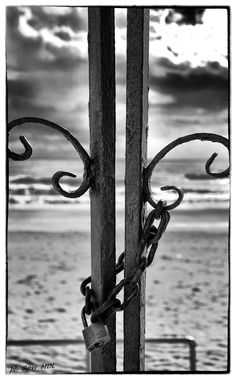 "ph. ©Rosy Macaro De Laurentiis "" Close with the past is needed"""