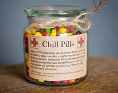 Having a bad day? Take a chill pill! This fun Chill Pill jar (candy not included) makes a perfect gift for anyone who appreciates a little humor Chill Pills Label, Customer Service Week, Bosses Day Gifts, Label Shapes, Employee Appreciation Gifts, Glass Apothecary Jars, Funny Birthday Gifts, Friend Birthday, 50th Birthday
