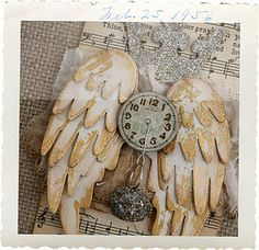 layered time flies tag