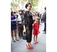 Le top Bianca Balti et sa fille avant le défilé Dolce & Gabbana