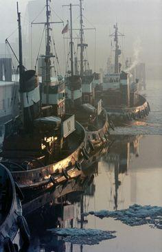 Schlepper im Hamburger Hafen, Foto Voß
