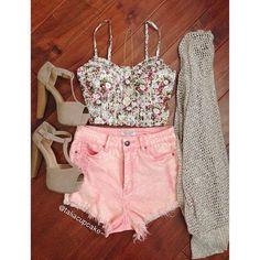 #crop top, colored shorts, #platforms, #cardigan <3