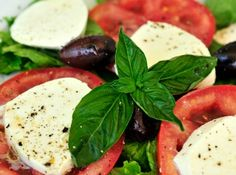 Search results for: 'organic basil aspx' Ensalada Caprese, Caprese Salad, Mozzarella Caprese, Appetizers For Party, Vinaigrette, Basil, Healthy Snacks, Sausage, Salads