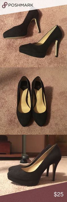 Black H&M Heels Perfect condition, only worn once. Feels a little smaller than a size 6, probably in between a 5.5 and 6. It's an H&M size 37 if that helps at all. H&M Shoes Heels
