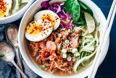 This Pork Ramen Zoodle Bowl is the perfect warm meal that is filled with shredded pork, spiralized zucchini, red cabbage, boiled eggs covered in bone broth. Stew Chicken Recipe, Chicken Recipes, Whole 30 Meal Plan, Little Peach, Shredded Pork, Coleslaw Mix, Stuffed Pepper Soup, Healthy Comfort Food, Warm Food