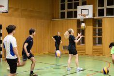 Volleyball FH Sport Volleyball, Basketball Court, Sports, Sport