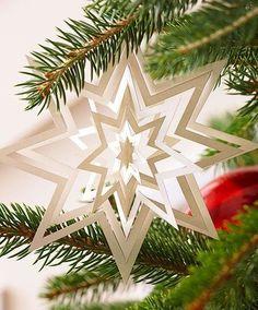 Christmas ● DIY ● Tutorial ● Paper Snowflake Star Ornament #Christmas #Christmas Holidays #Snowflakes #DIY #Crafts