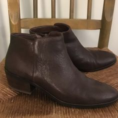 """Sam Edelman """"Petty"""" booties - like new! Rich brown leather booties. Barely worn (once or twice). Zip closure and 1.5 inch heel. Comfortable and stylish! Sam Edelman Shoes Ankle Boots & Booties"""