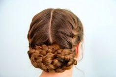 Katniss' Reaping Braids {from The Hunger Games movie} in just a few minutes!