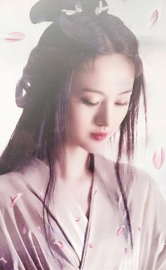 Khi không làm thiếu nữ ngôn tình, Trịnh Sảng vẫn đẹp rực rỡ thế này - Ảnh 2.