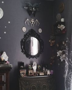 """800 Likes, 7 Comments - ↟ Amelia ↟ (@frost_oath) on Instagram: """"Forever wanting to climb into mirrors."""""""