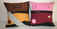 Star Trek TNG inspirado dúo Worf capitán Picard por Morondanga