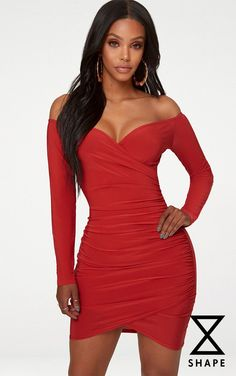 Show off those curves girl in this red bodycon dress. In a slinky fabric with ruched detailing, team with strappy heels for a look that will have all eyes on you. Length approx (Based on a sample size UK Model wears size UK EU AUS US 4 Model Height - Tight Dresses, Sexy Dresses, Beautiful Dresses, Evening Dresses, Dresses For Clubs, Red Bodycon Dress, Bardot Dress, Girl With Curves, Going Out Dresses