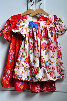 Love these little dresses! Her web site has tons of ideas.
