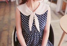 I LOVE THIS DRESS!!!!! Such a cute polka dot vintage dress!