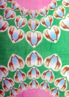 Emse & Esme giraffe scarf in pink & green (close up)