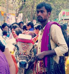 bengaluru #trelltalebangalore #instabanglore #bengaluruadda #kadlekaiparshe #wanderlust #karnataka #incredibleindia #pictureoftheday #picoftheday #likeforlike #photographers_of_india #mypixeldiary #indiapictures #iggramming_india #desi_diaries #_soi #streetphotography #streetphotographyindia #nammabangalore #nammabengaluru #bengaluruposts #bangaloreinsta #igersindia #nammakarnatakaphotographers #travelkarnataka #nkm #nkm_photography #igers