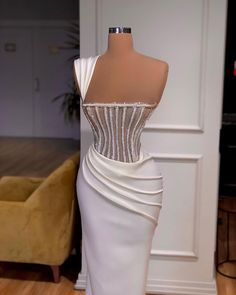 Glam Dresses, Event Dresses, Fashion Dresses, Designer Evening Gowns, Designer Dresses, Stunning Dresses, Pretty Dresses, Award Show Dresses, Evening Dresses Plus Size