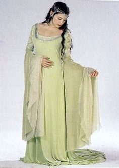"""Gowns LOTR Arwen Gown from """"Return of the King,"""" Costume design by Ngila Dickson. Medieval Costume, Medieval Dress, Arwen Costume, Medieval Fashion, Medieval Clothing, Larp, Lord Of Rings, Mrs Always Right, Medieval Wedding"""