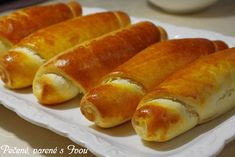 Hot Dog Recipes, Bread Recipes, Cooking Recipes, Hot Dog Buns, Hot Dogs, Biscuit Bread, Czech Recipes, Home Baking, Bread And Pastries